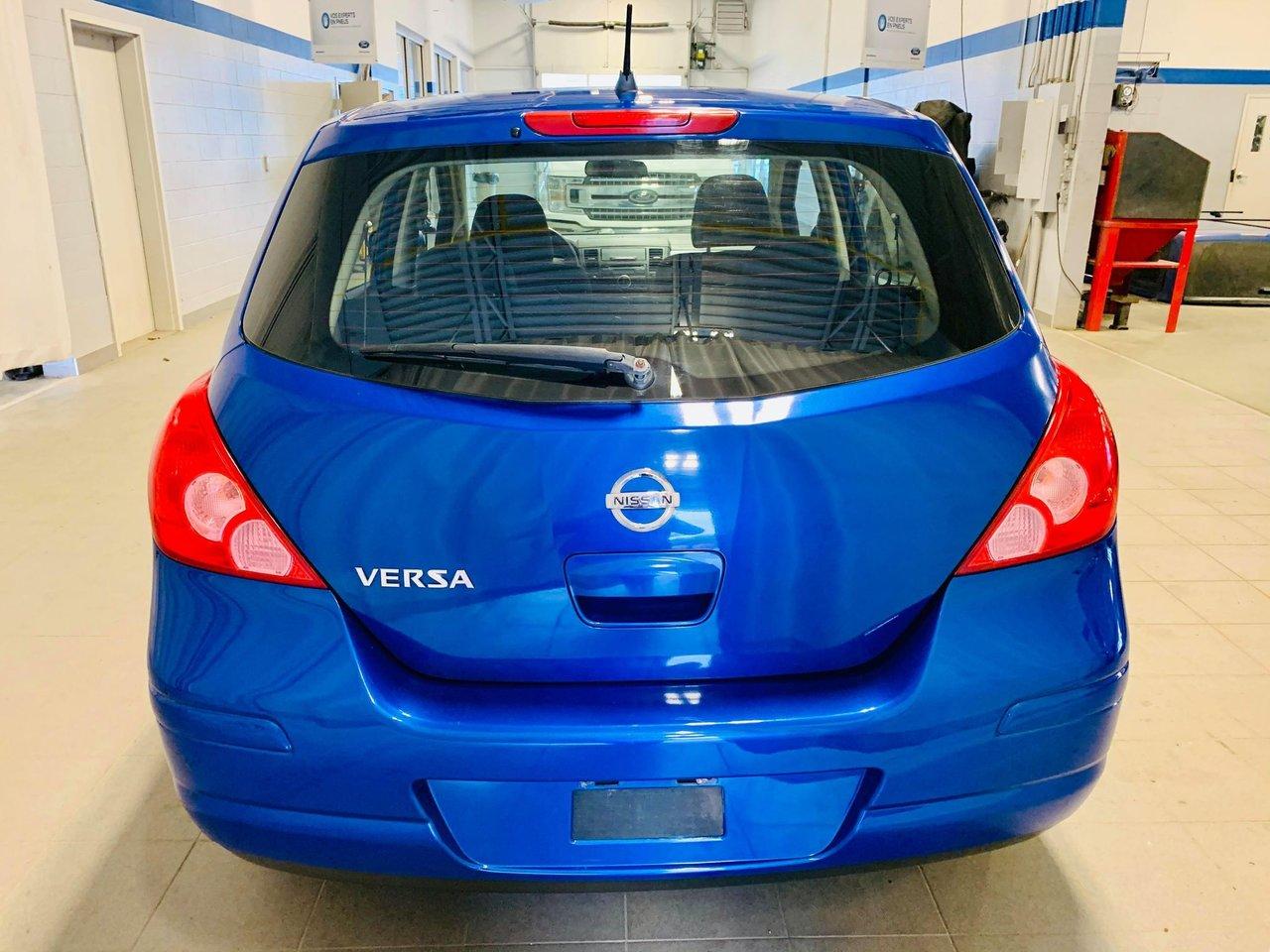 2010 Nissan Versa 5dr HB I4 Auto 1.8 S