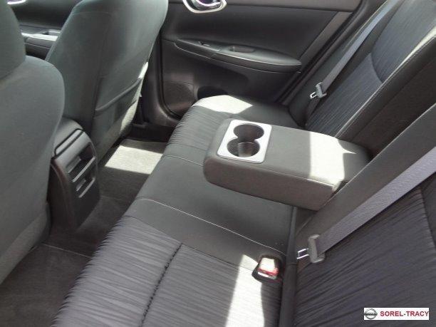 2019 Nissan Sentra SV TOIT