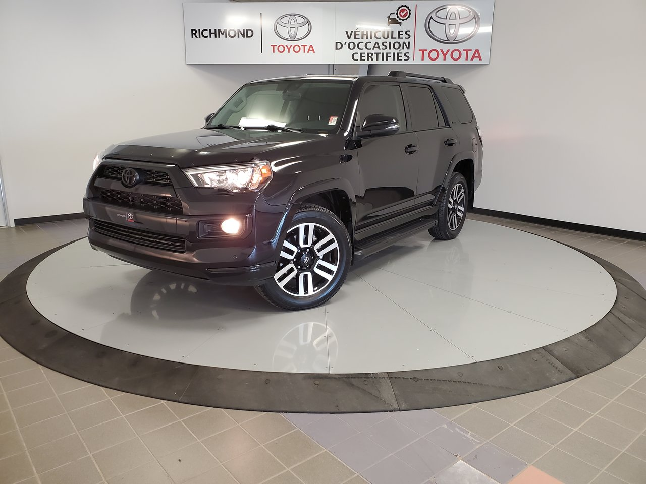 Toyota 4Runner 2019 LIMITED 5 PASSAGERS