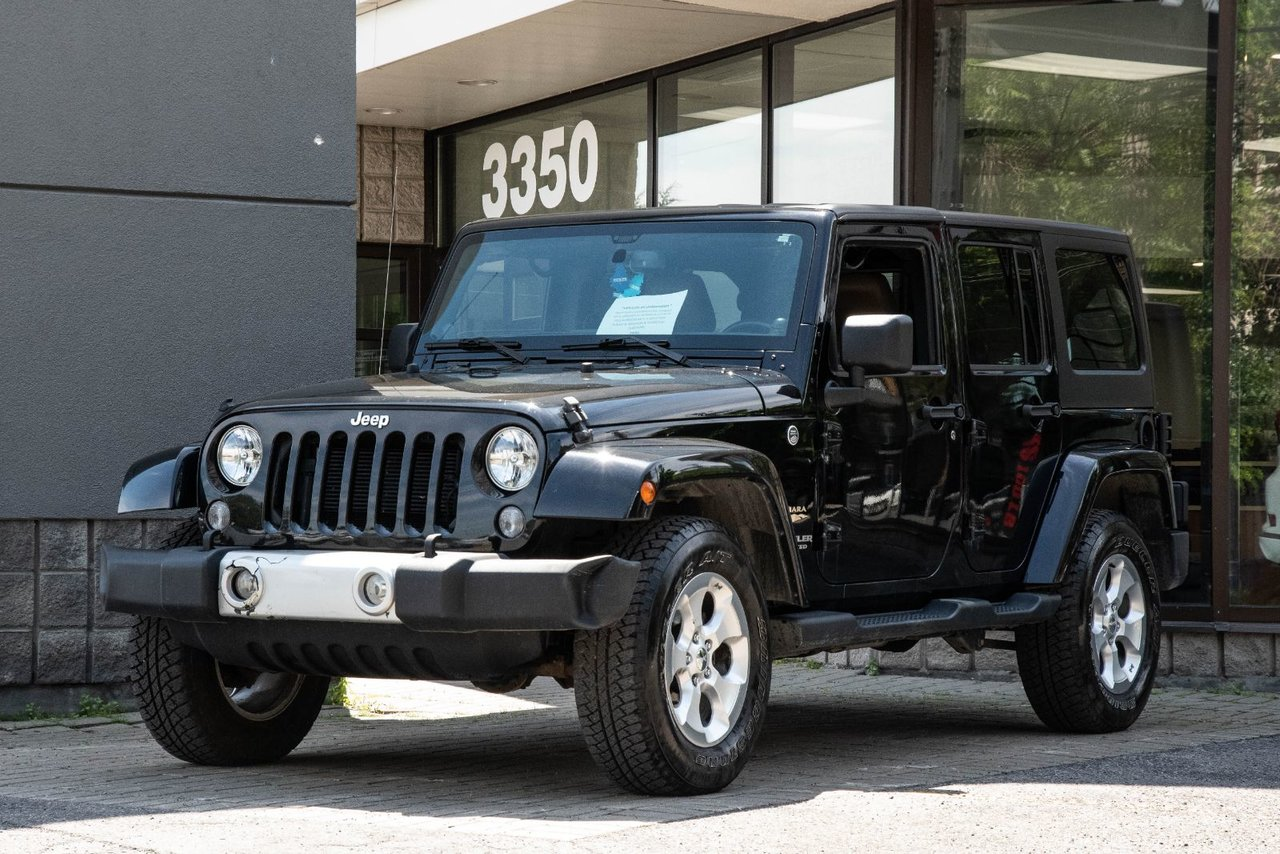 2014 Jeep  Wrangler Unlimited SAHARA | 4X4 | CUIR | NAVIGATION | TOIT REGID