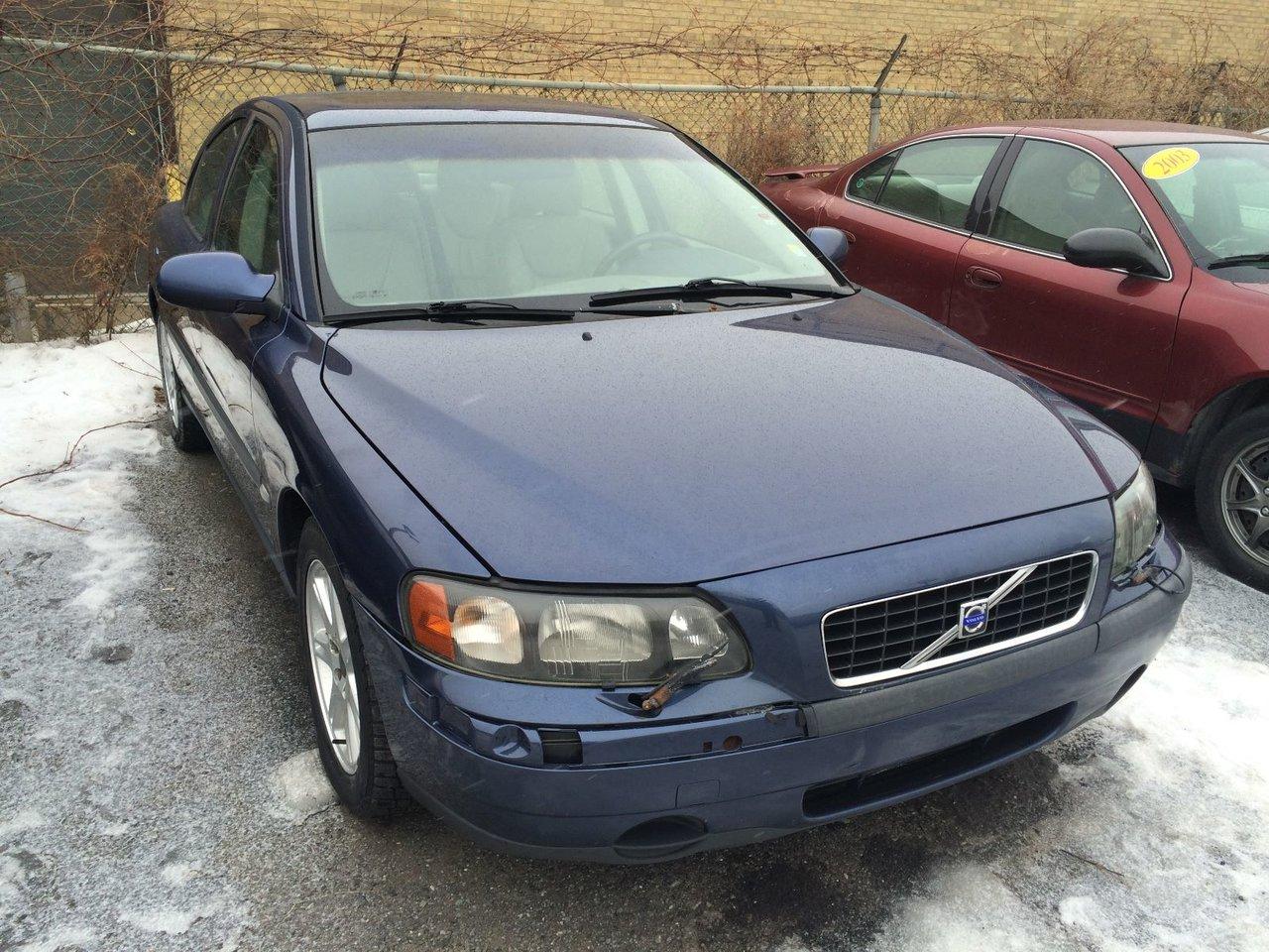 Volvo s60 2001 d 39 occasion vendre chez montreal chrysler for Porte et fenetre verdun st basile