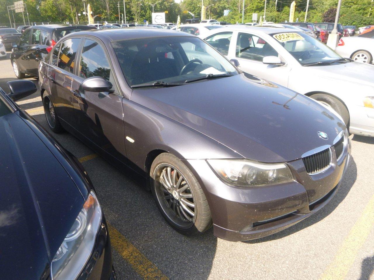 2008 BMW  Série 3 328I AUT CUIR TOIT MAGS TOUTE EQUIPE 6CYL
