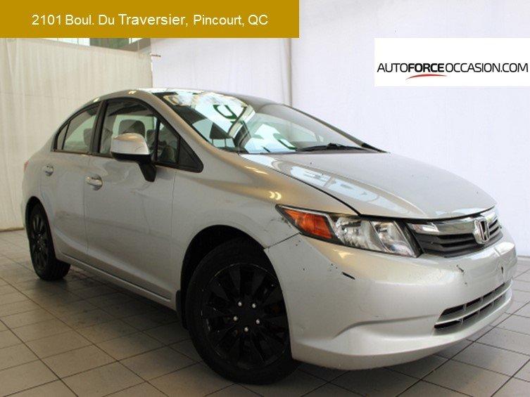 2012 Honda  Civic Sedan LX 5 VIT AC MAG BLUETOOTH TOUTE EQUIPE