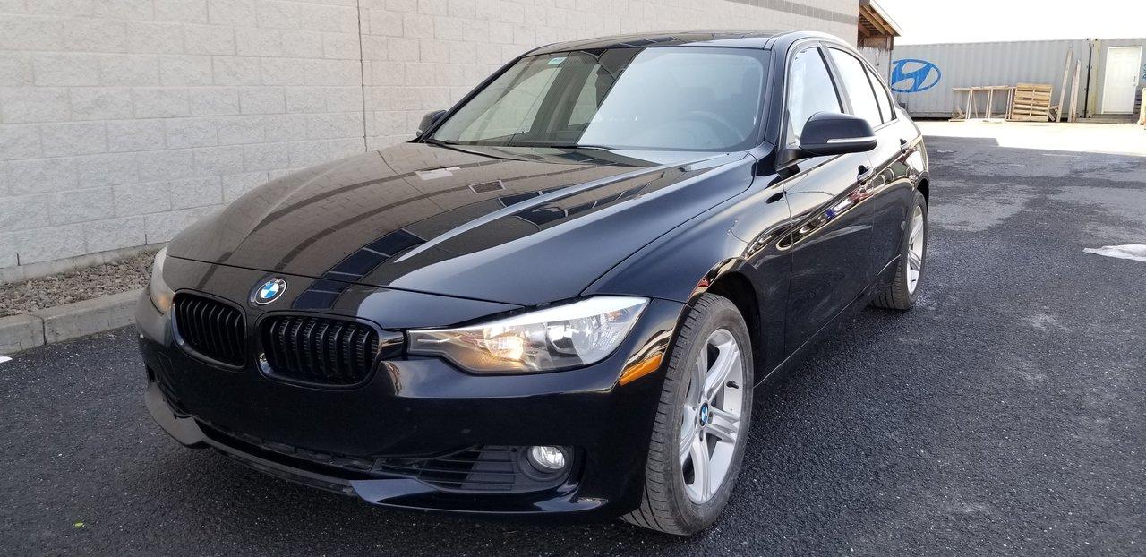 2013 BMW  Série 3 328 xDrive / CUIR + BANCS CHAUFFANTS