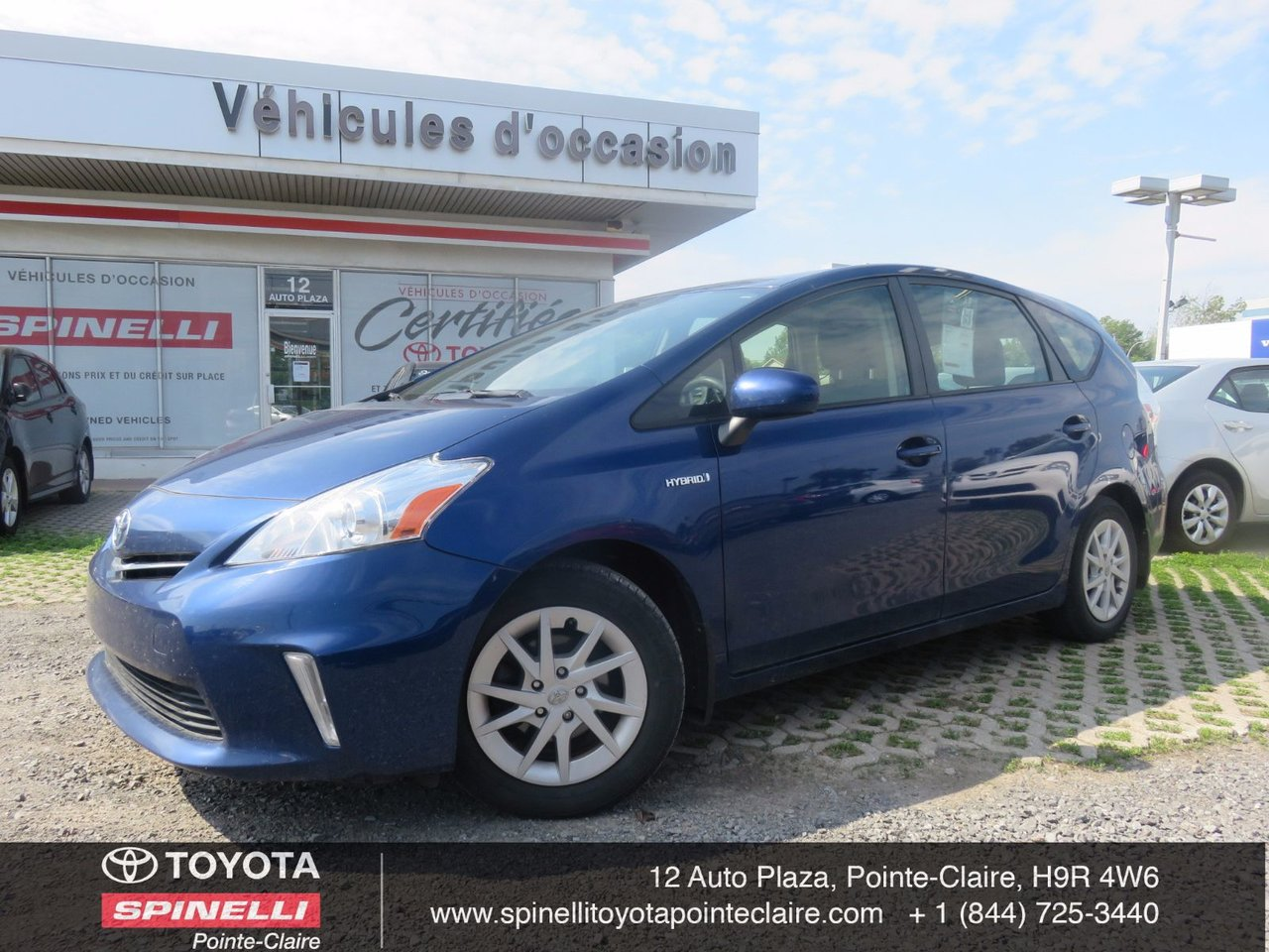 toyota prius v 2012 d 39 occasion vendre chez spinelli toyota pointe claire. Black Bedroom Furniture Sets. Home Design Ideas