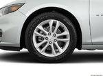 Chevrolet Malibu hybride HYBRIDE 2017 à Pincourt et Île-Perrot, Québec-3