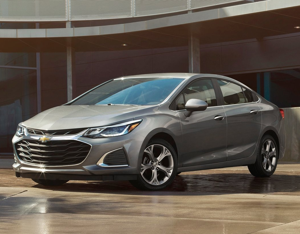Is the 2019 Chevrolet Cruze a Fuel-Efficient Vehicle?