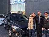 Félicitations M. Francis Boutin pour l'achat de votre nouveau véhicule Mazda CX-5.  Chambly Mazda apprécie votre confiance, Chambly Mazda