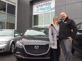 Félicitations à Mme Lapointe pour l'acquisition de sa nouvelle Mazda 3 2017, Chambly Mazda
