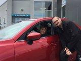 Félicitations Mme Henley pour l'achat de votre nouvelle Mazda 2017, Chambly Mazda