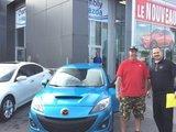 Félicitations M. Chrétien pour l'achat de votre nouvelle Mazda 3, Chambly Mazda