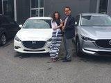 Félicitation pour votre nouvelle achat madame Charron, Chambly Mazda
