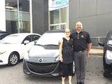 Félicitations Madame Thibault Beauchamp pour l'achat de votre nouvelle Mazda 5 2017, Chambly Mazda