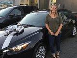 Félicitations Mme. Gaulin pour l'achat de votre nouvelle Mazda3, Chambly Mazda