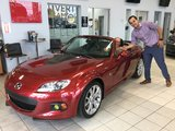 Félicitations à M. McDonald pour sa Mazda MX5, Chambly Mazda
