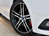 2016 Ford Focus ST TURBO + Propriétaire méticuleux !