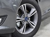 2018 Ford Focus Sedan SE 1.0L
