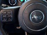 2017 Jeep Wrangler Unlimited Sahara+NAV+ 2 TOITS!! +++