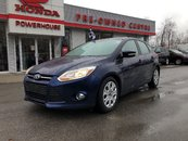 2012 Ford Focus SE* Hatchback! Sunroof! Bluetooth!