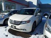 2015 Honda Odyssey Touring w/RES & Navi - Loaded!