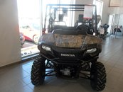 2017 Honda SXS700M4DCH PIONEER 4 SEATER LUXE CAMO $87.18 WEEKLY! 4-SEATER! DUMP BOX! POWER STEERING!