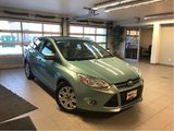 2012 Ford Focus SE *LOCAL TRADE* *LOW KMS*