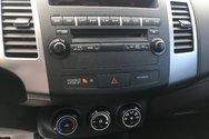 Mitsubishi OUTLANDER LS V6 7 PASSAGERS AWD LS 2010