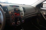 Kia FORTE 5 2.0L EX MAG SIEGE CHAUFFANT 2013