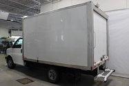 2017 GMC Savana cargo 3500 CUBE 12 PIEDS
