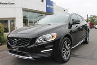 Volvo V60 Cross Country 2017 Volvo V60 Cross Country TAUX ENTRE 0.9% 3.9% 2017