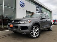 2013 Volkswagen Touareg 4-Motion All Wheel Drive, Well Equipped