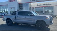 2019 Toyota Tacoma Trd sport Lots of accessories