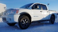 Nissan Titan PRO-4X * WOW COMME NEUF ! BAS KM * 1 PROPRIO 2015