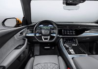 the Audi Q8: Sensitive and concise, controls and displays