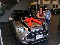 Happy Mini Owners 2 Chicks & a chihuahua