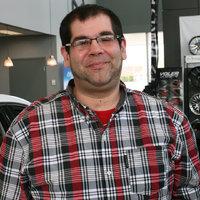 Maxime Jr Baril - Spécialiste à l'expérience client, service