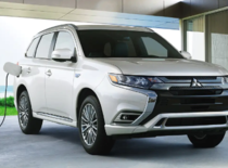 The 2019 Mitsubishi Outlander PHEV: A Plug-in Hybrid Like No Other