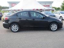 Mazda Mazda3 GS-SKY ACTIVE  2013