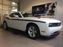 Dodge Challenger SXT PLUS  2012