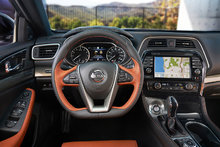 2019 Nissan Maxima hits Los Angeles with impressive technology