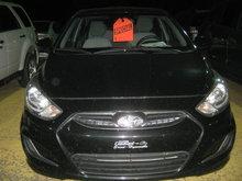 Hyundai Accent GL ** Nouvel arrivage photos à venir ** 2013