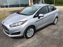 Ford Fiesta S * SEULEMENT 2476 KM, AIR CLIMATISÉE * 2015