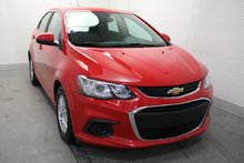 Chevrolet Sonic LT DEM.A.DIST+CAM.REC+SIE.CHAUF+ECR.TACT 2017