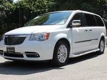2013 Chrysler Town & Country Limited Limited
