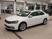 2016 Volkswagen Passat 1.8 TSI Highline Certification non incluse