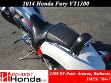2014 Honda VT1300 Fury Low Km's! Windshield!