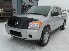 Nissan Titan SV, CREWCAB, 4 X 4 2015