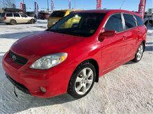 2005 Toyota Matrix 5-door XR FWD 5M