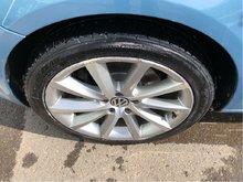 2008 Volkswagen Eos 2.0T 6sp Text 403 929 4150