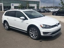2017 Volkswagen Golf Alltrack 1.8T DSG 6sp at w/Tip 4MOTION